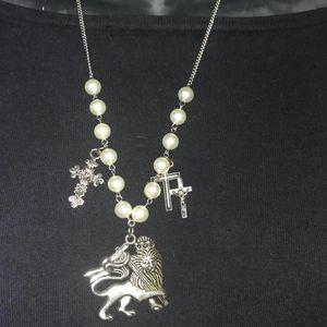 Jewelry - St. George religious icon cross silvertone necklac
